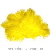 Перышки желтые пушистые