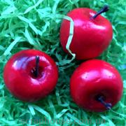 Яблоко красное декоративное мини