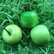 Яблоко зеленое декоративное мини