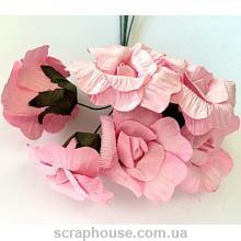 Розовые розы раскрытые, для скрпабукинга, бумажные, на проволоке