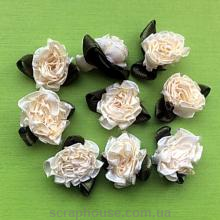 Розы атласные пышные, кремовые