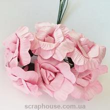 Розы раскрытые бумажные розовые 6 шт.