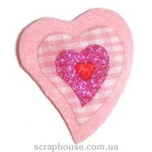 Аппликация из фетра Сердечко розовое в клеточку